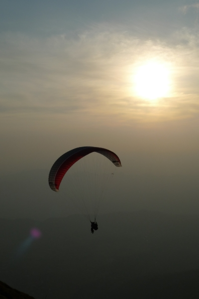 Sunset tandem on the UP K2-2 in Bir, India